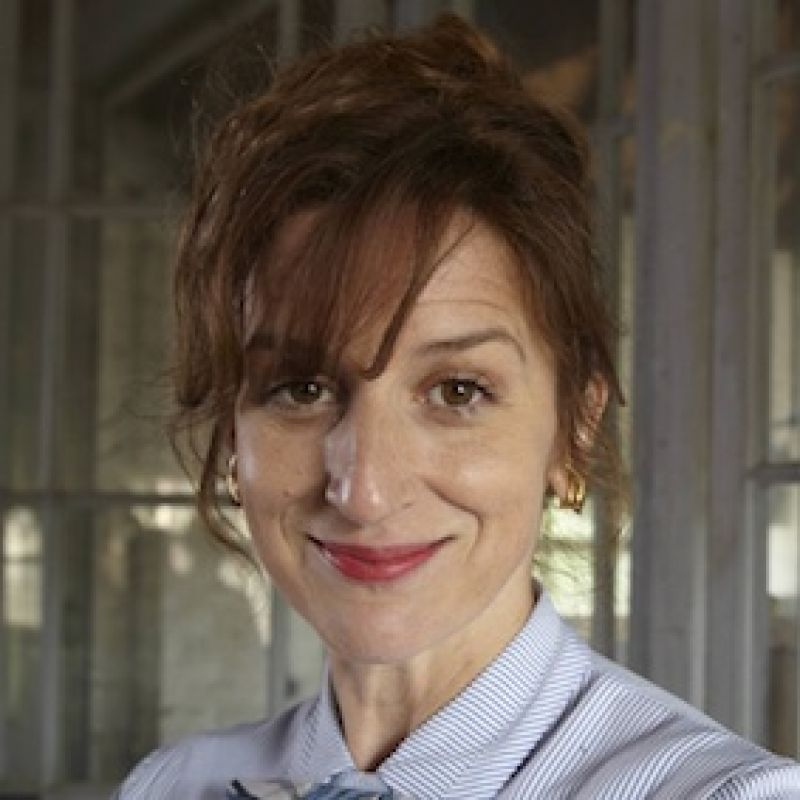 See Abigail Thaw in Endeavour