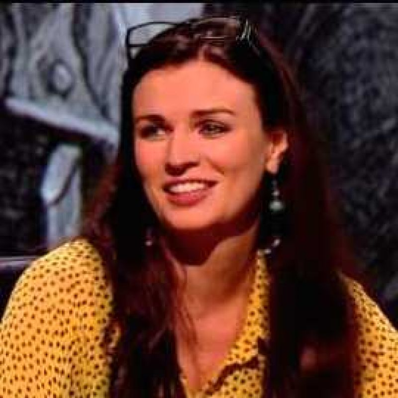 Aisling Bea in QI