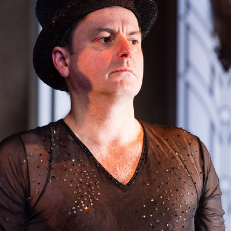 Dominic Rowan in Stepping Out