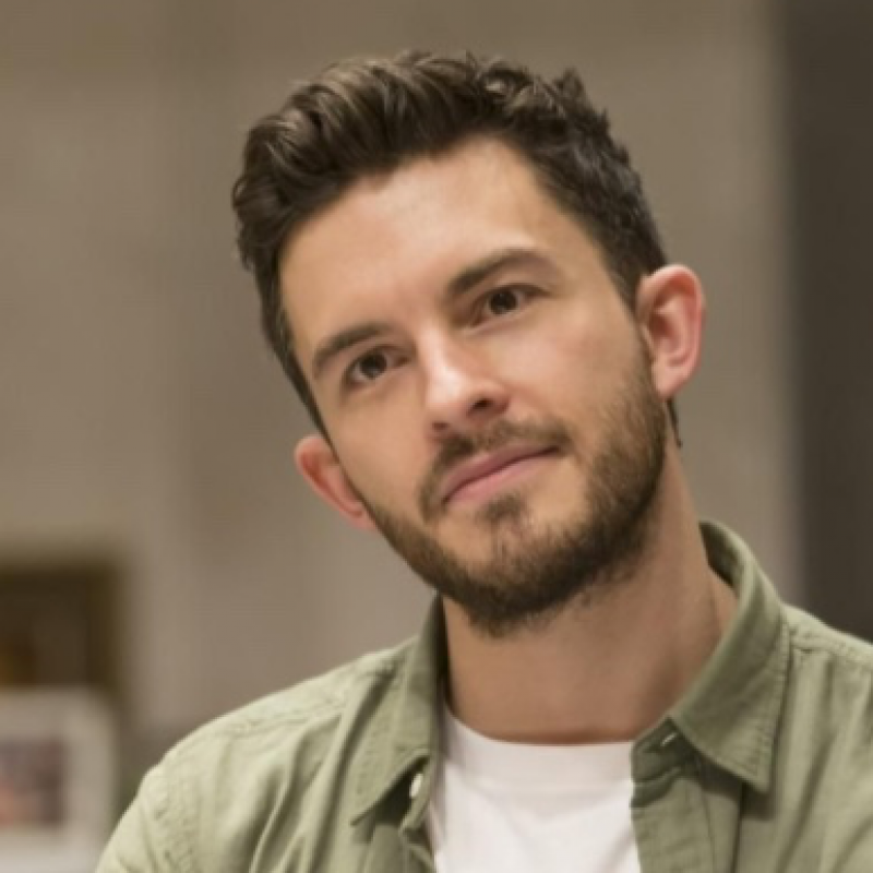 Jonathan Bailey stars as John in The York Realist.
