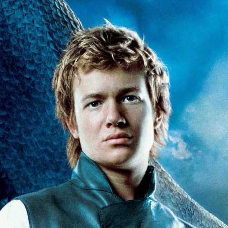 Ed Speleers is Eragon
