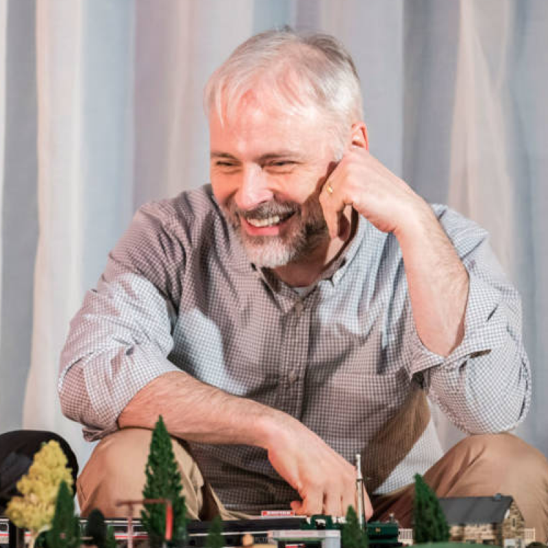 Mark Bonnar stars in Instructions for Correct Assembly