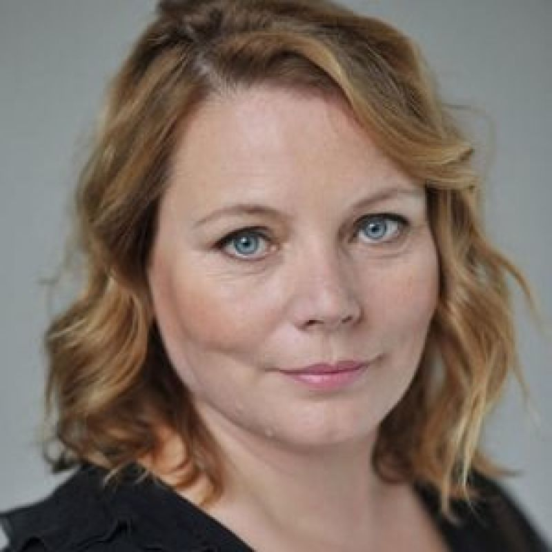 Welcome to our Joanna Scanlan