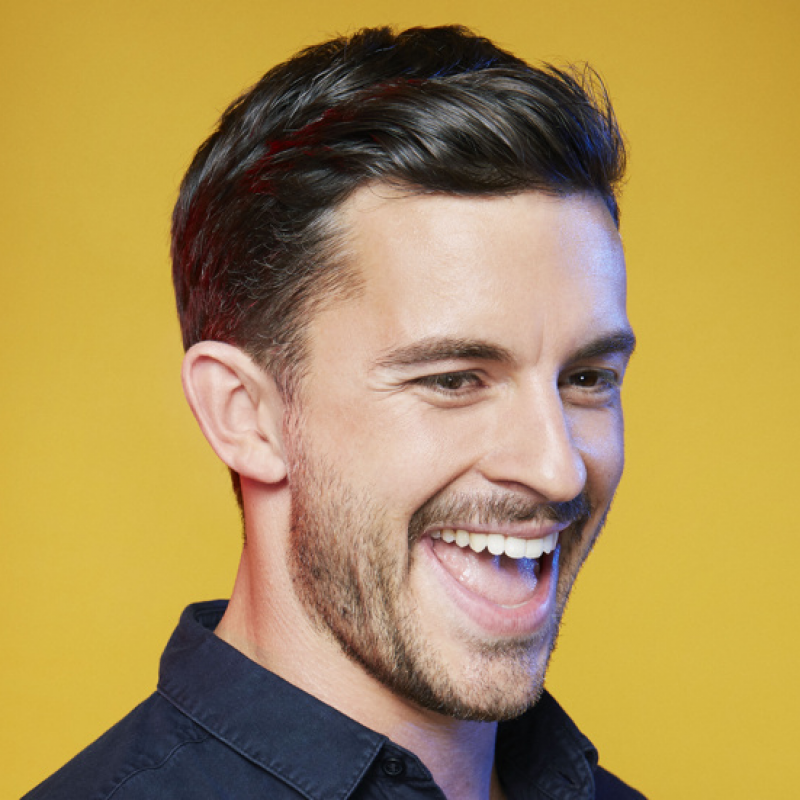 Jonathan Bailey stars in ★★★★★ West End show, Company