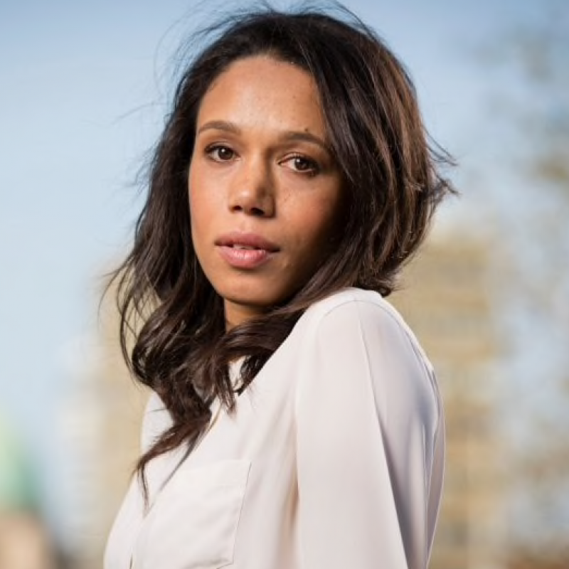Vinette Robinson stars as Toni in new Channel 4 drama 'I Am Kirsty'.