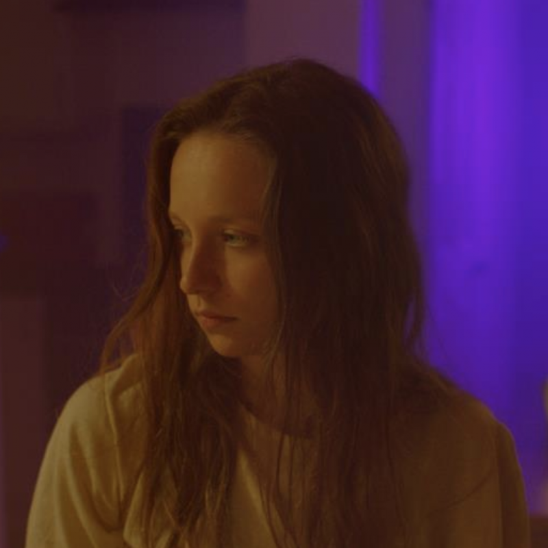 Molly Windsor stars in the swirling psychological drama Make Up.