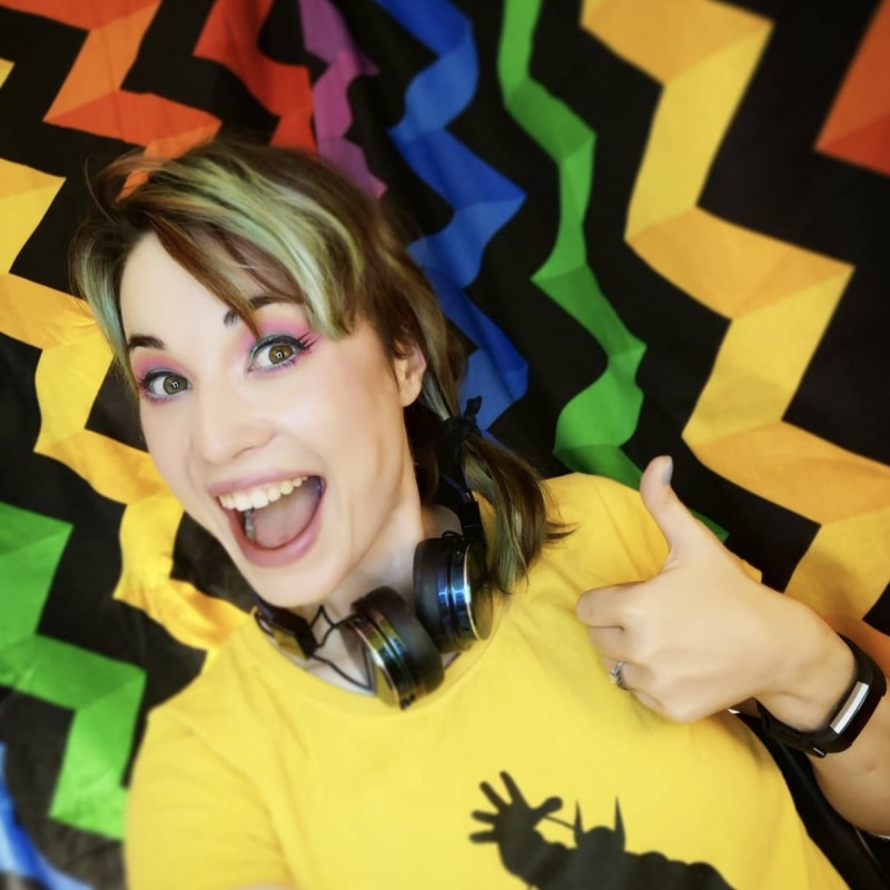 Bec Hill is to front a brand new comedy craft series aimed at 6-12 year olds on CITV!