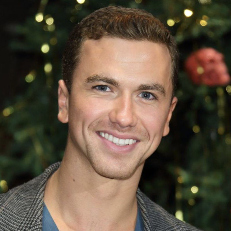Richard Fleeshman will be starring in an online charity concert to support arts charities during the ongoing pandemic.