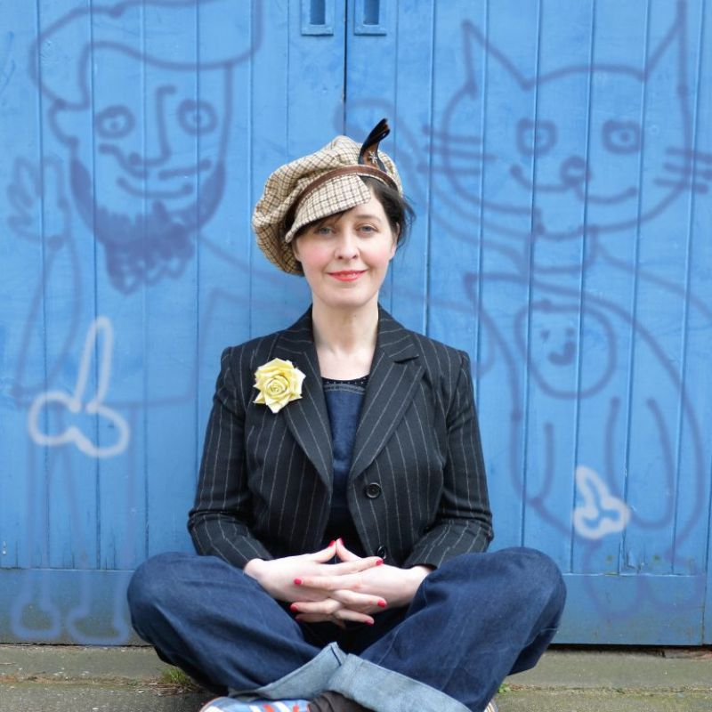 Wife on Earth - A Brand New Podcast from Joanna Neary